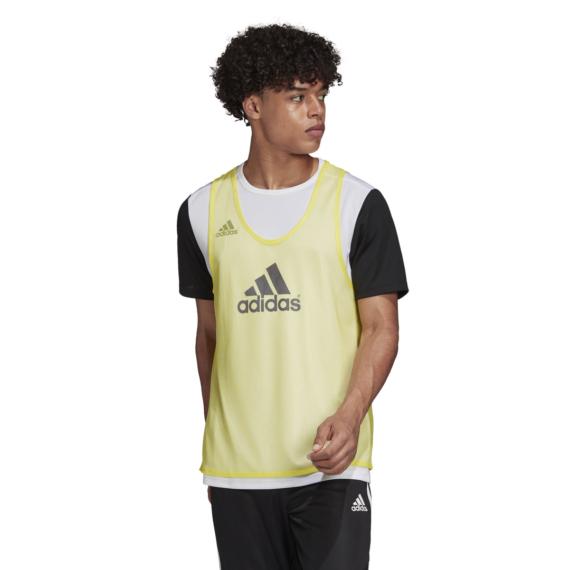 Adidas megkülönböztető citromsárga