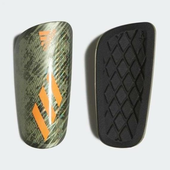 Adidas X Pro sípcsontvédő