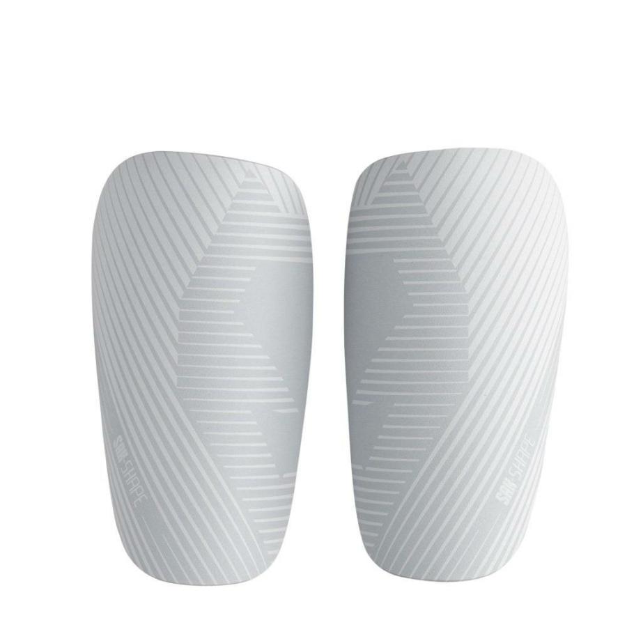 Kép 1/3 - Sak Shape sípcsontvédő fehér