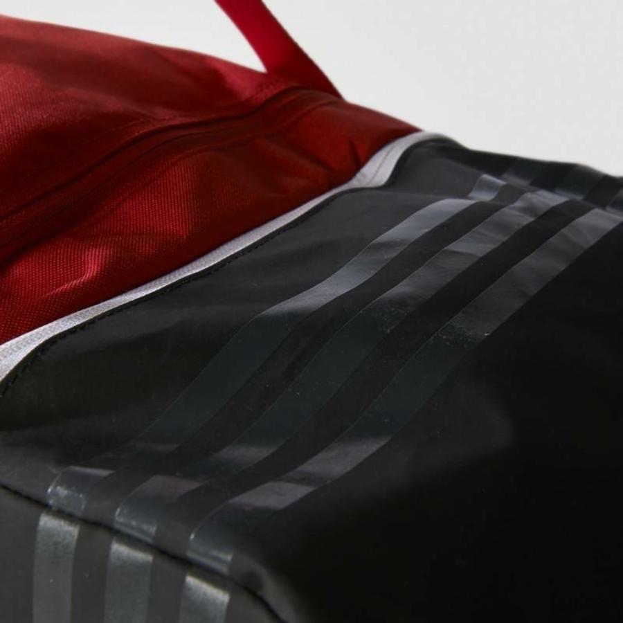 Kép 6/8 - Adidas Tiro 17 sporttáska - piros-fekete-fehér
