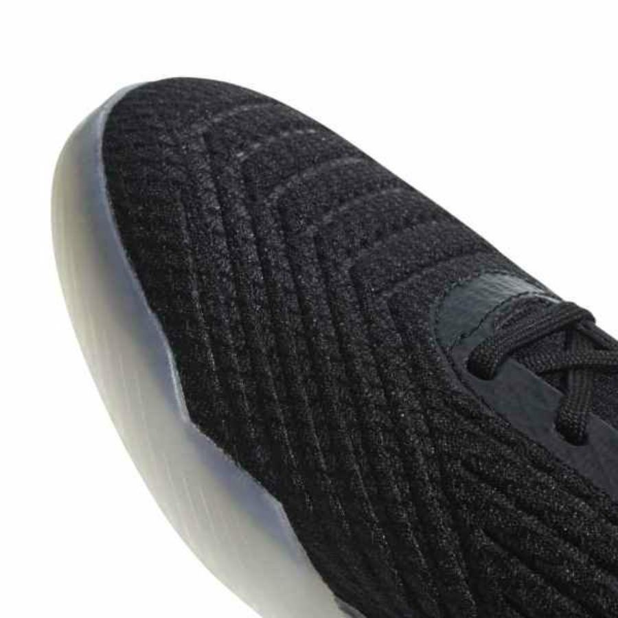 Kép 3/4 - Adidas Predator Tango 18.3 TR  Felnőtt utcai cipő - fekete-piros-fehér 2