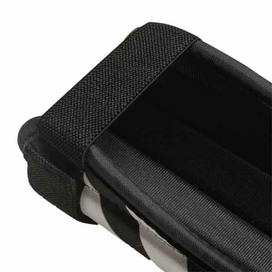 Kép 2/4 - Adidas Evertomic sípcsontvédő - fekete-fehér 1