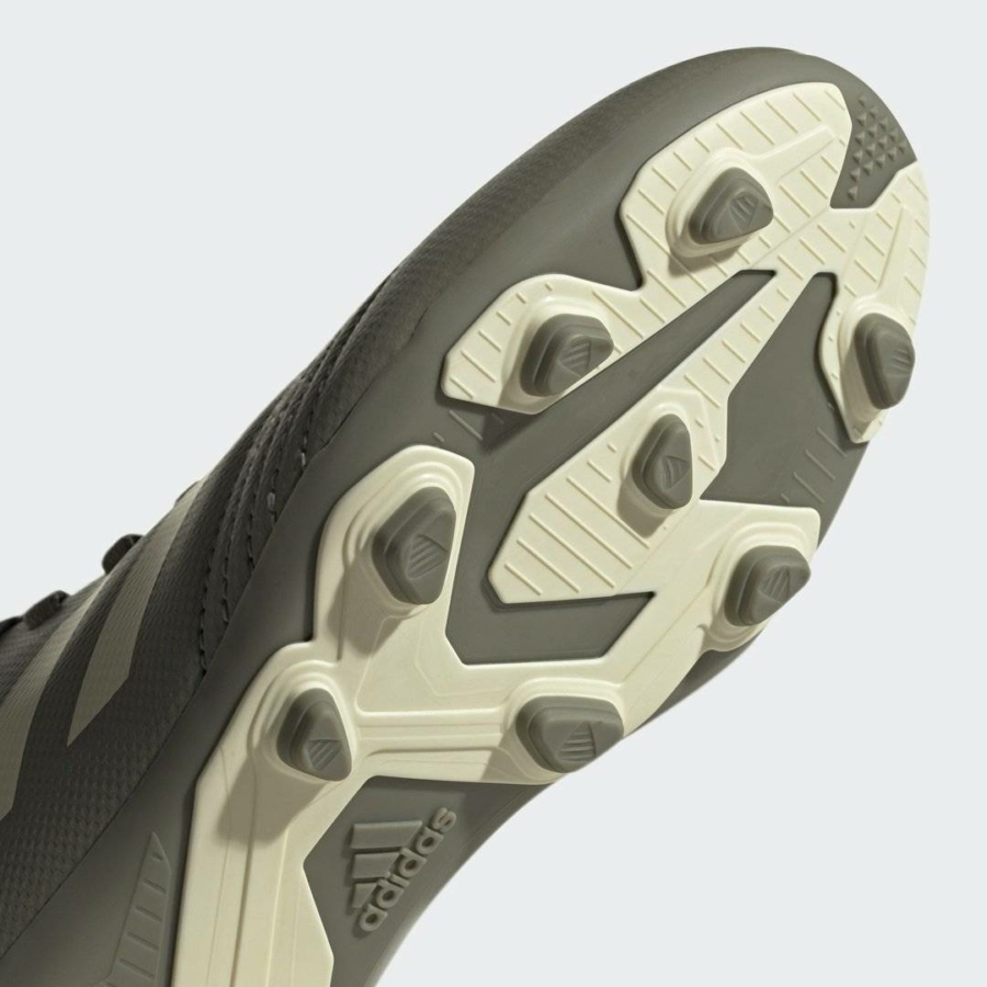 Kép 5/9 - Adidas Predator 19.4 FxG stoplis cipő junior 4